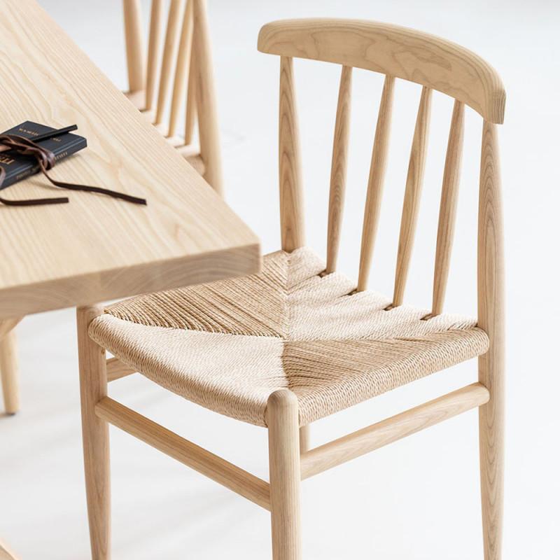 Chaise design scandinave à barreaux bois clair - Karl