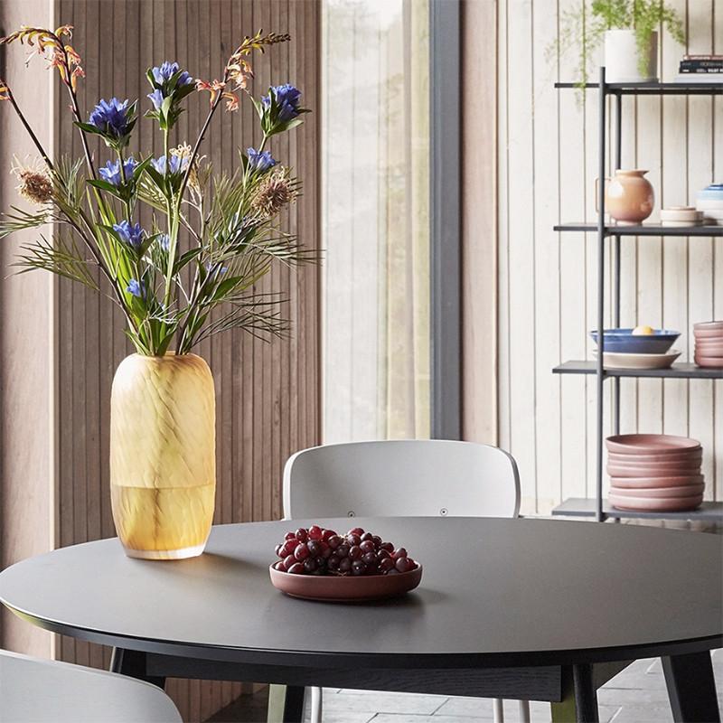 Table ronde design noire en bois Hubsch - Ever