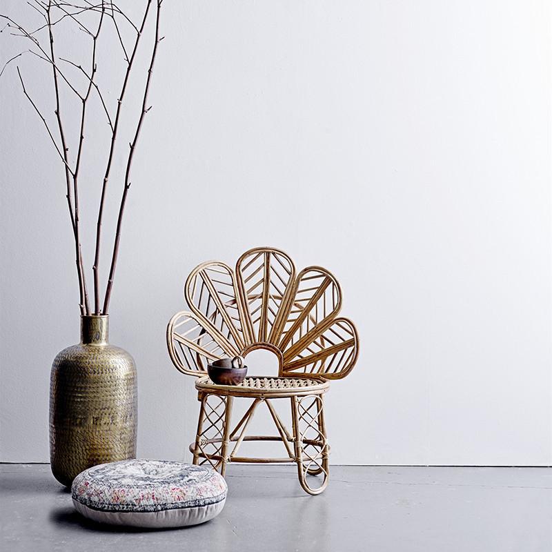 Grand vase à poser en métal doré martelé design - Vilo