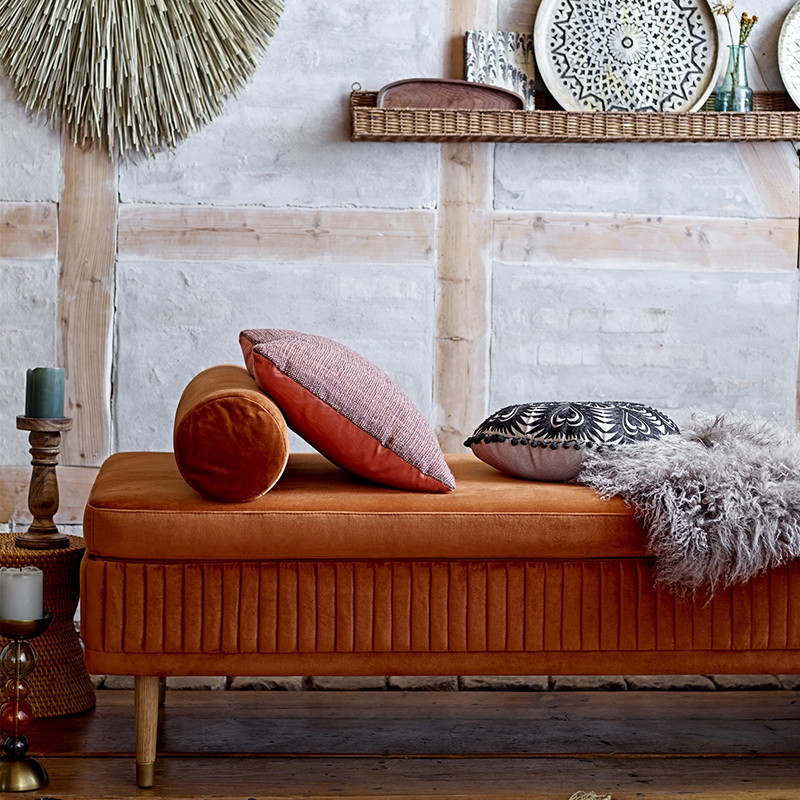 Méridienne design en velours orange Bloomingville