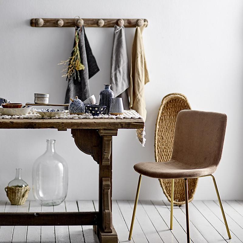Chaise pieds dorés en tissu taupe design Bloomingville - Fland