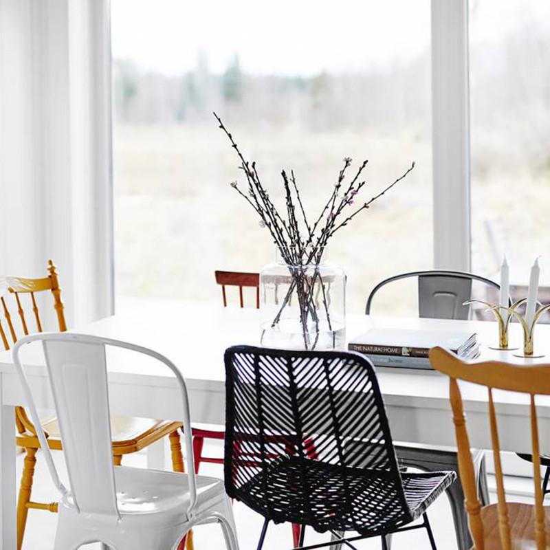 Chaise en rotin tressé noir Bloomingville design