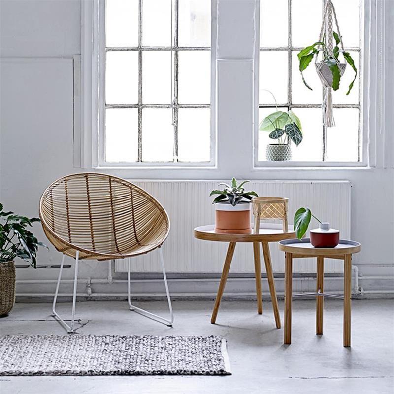 Chaise en rotin design pied métal blanc Bloomingville