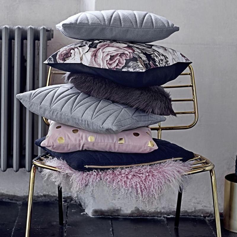 Coussin gris matelassé design Bloomingville 45x45 - Cotton