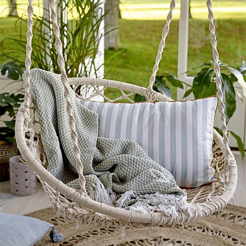Chaise hamac suspendu blanc scandinave Bloomingville