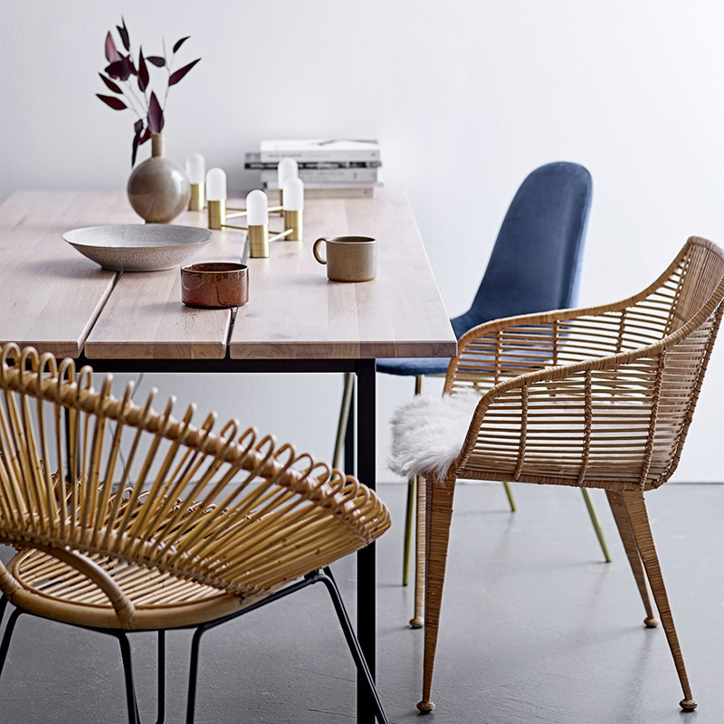 Table à manger bois naturel et métal noir design