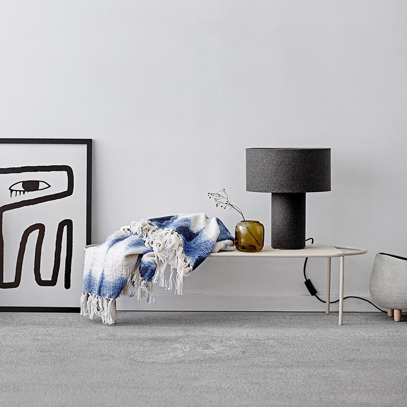 Lampe grise design en laine Bloomingville