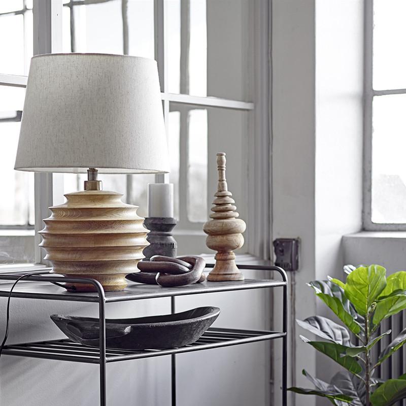 Lampe design en bois abat-jour blanc