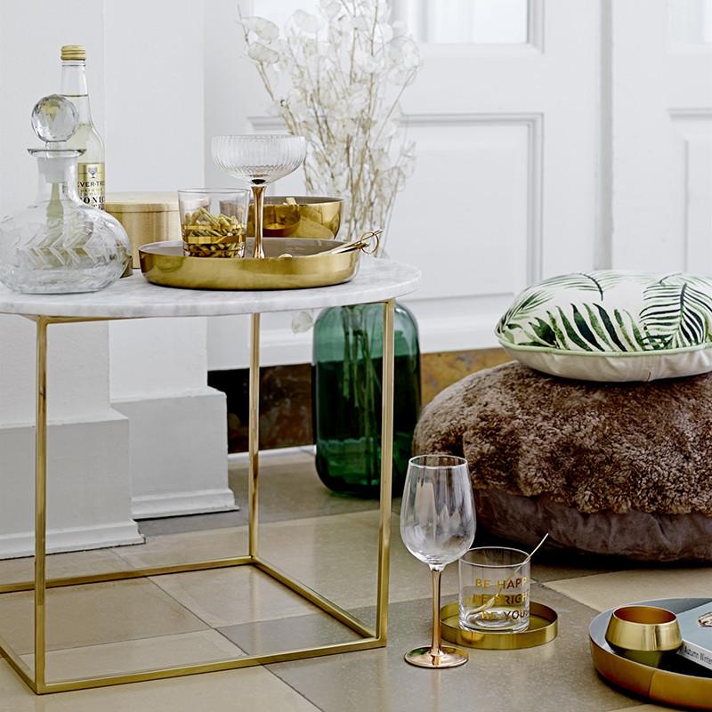 Bout de canapé marbre blanc pied doré - Marble