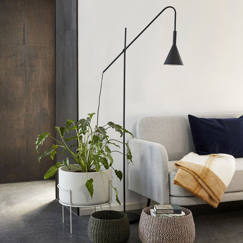 Lampadaire métal noir design Hubsch - Lixi