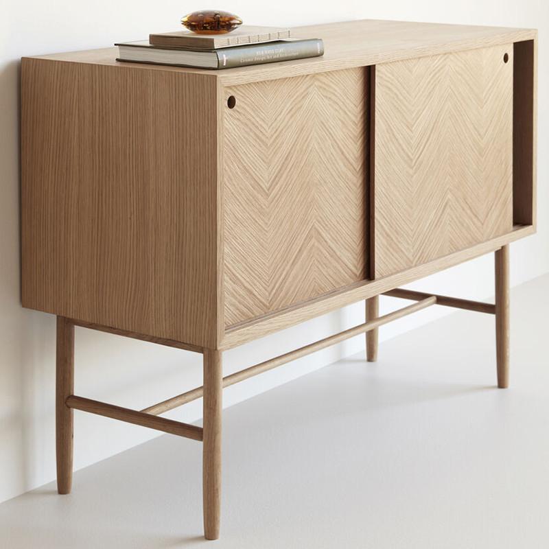 Petit buffet scandinave en bois 2 portes coulissantes Hubsch - Sine