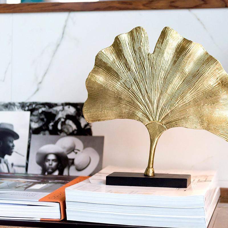 Sculpture décoration feuille de ginkgo dorée - Leaf