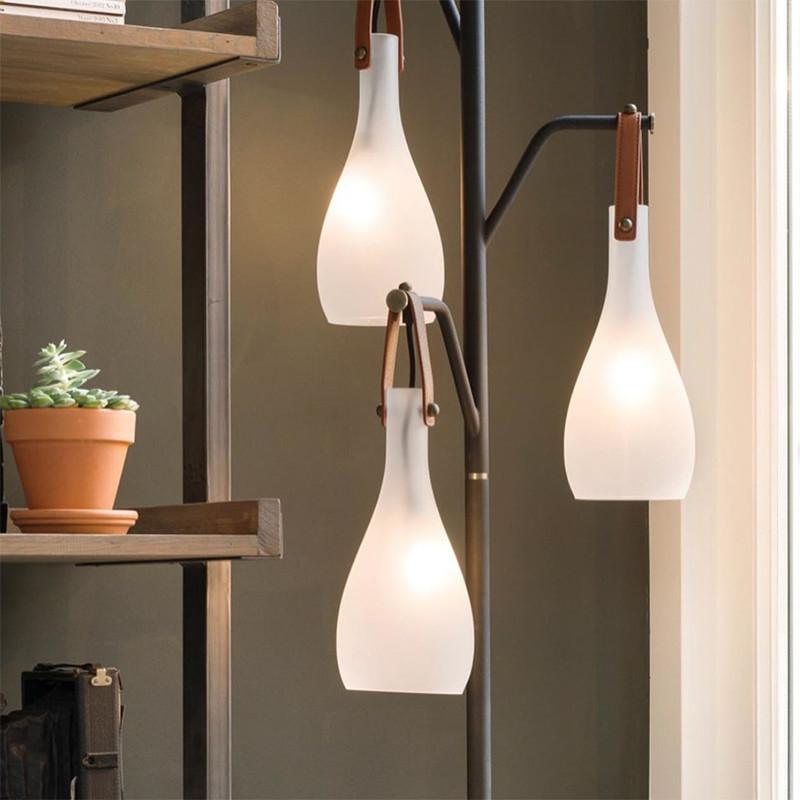 Lampadaire interieur design abat-jours suspendus lanières en cuir - Nada