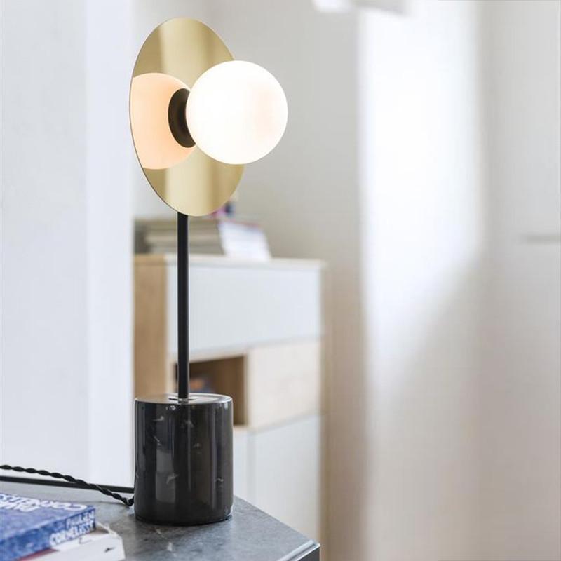 Lampe de salon design noir et doré - Jonah