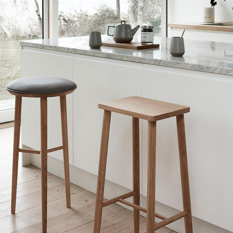 Tabouret de bar bois assise rectangulaire Hubsch - Sine