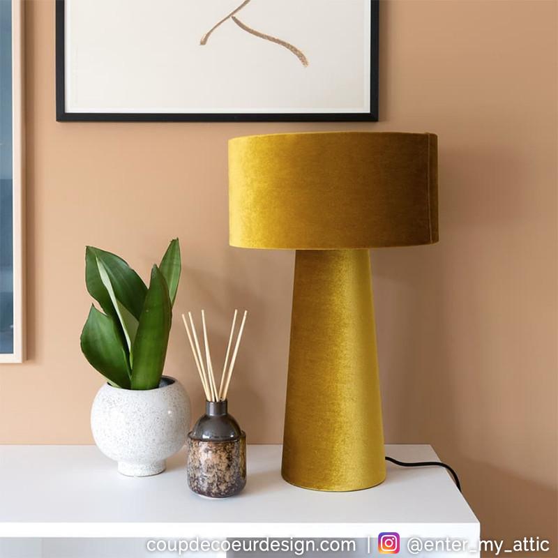 Lampe design en velours jaune Bloomingville - Fari