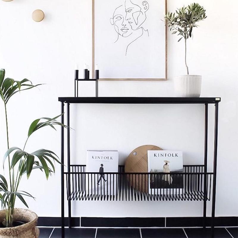 Console meuble design métal noir avec porte revue - Dani
