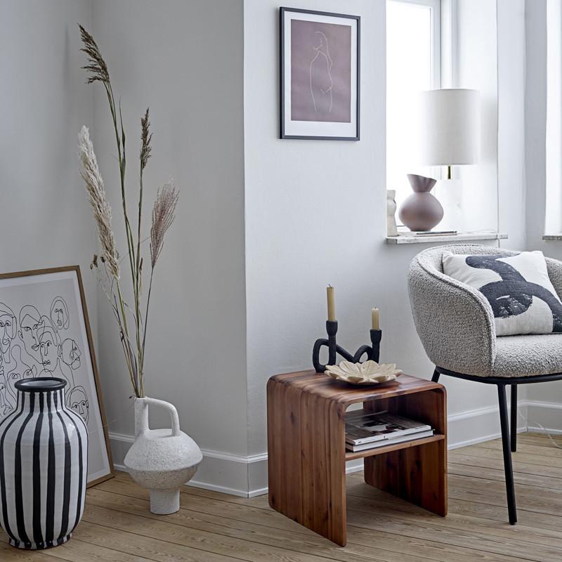 Bout de canapé bois design avec rangement Bloomingville - Hassel