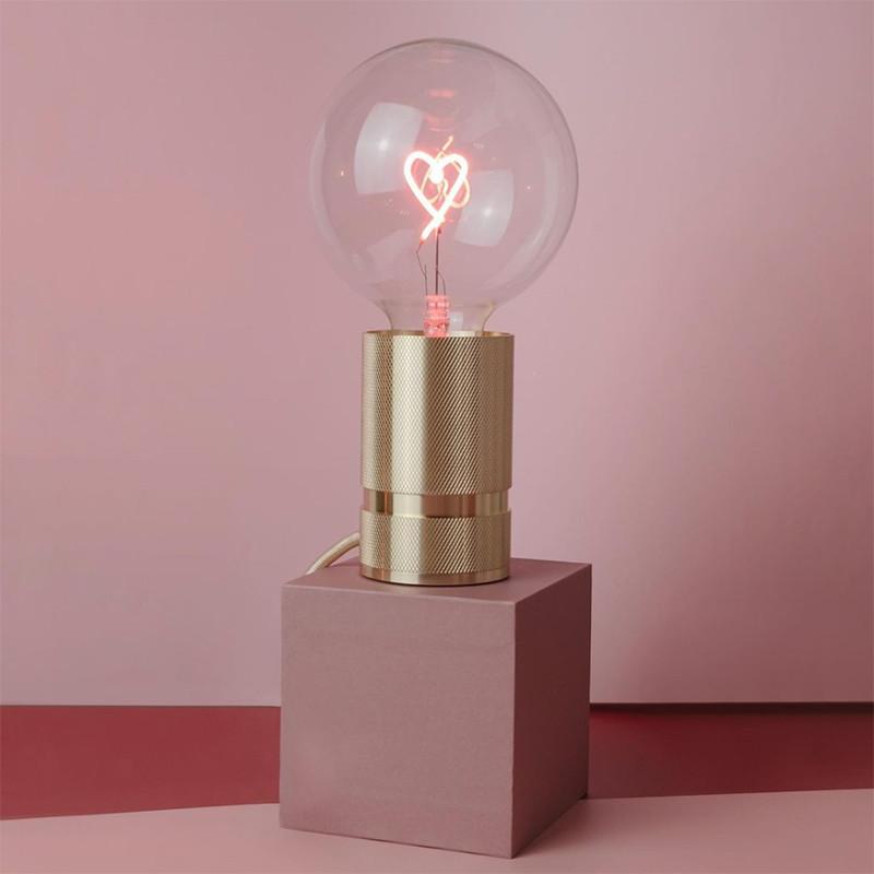 Ampoule led design avec Cœur