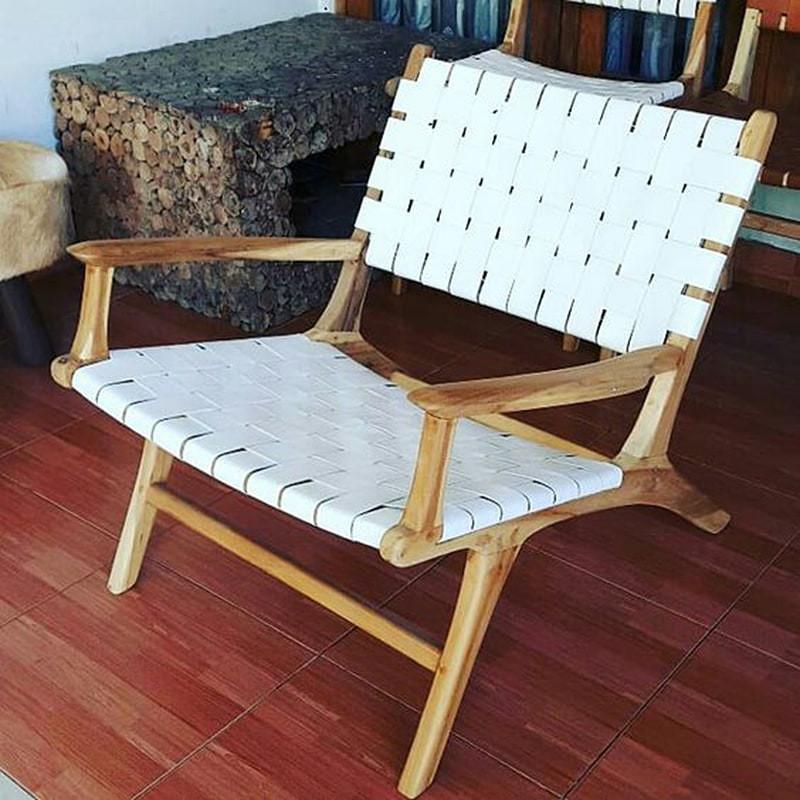Fauteuil bois et cuir tressé blanc design - Zoé