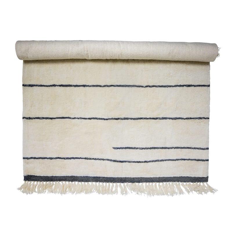 Tapis bloomingville blanc et lignes grises 200x140 - Antonella